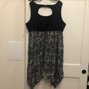 Torrid sleeveless jagged hem dress